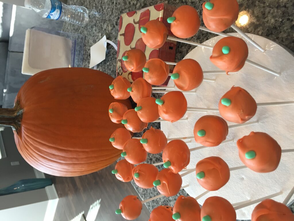Orange pumpkin cake pops